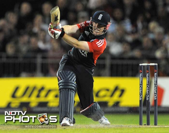 Morgan came into the act and got England into a comfortable position with a 27-ball 49-run innings. (AFP Photo)