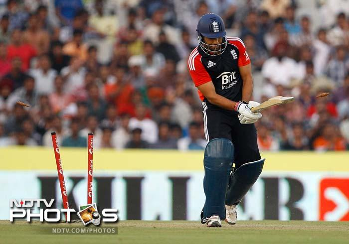Ravi Bopara also got a start but was bowled by a Praveen Kumar delivery on 24.