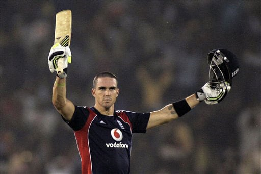 Kevin Pietersen acknowledges the crowd after scoring a century during the fifth One-Day International match between India and England in Cuttack. (AP Photo)