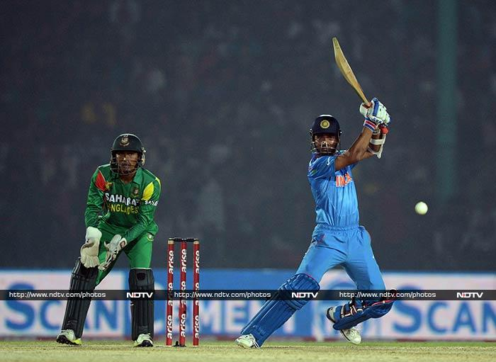 Ajinkya Rahane at the other end also did his best to steady India and his support to Kohli was extremely valuable.
