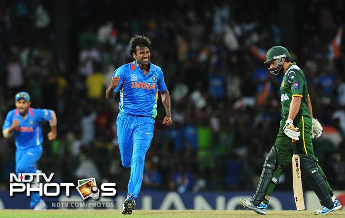 India though managed to destroy Pakistan by 8 wickets to get a lot of confidence back after their abject surrender in the previous match.