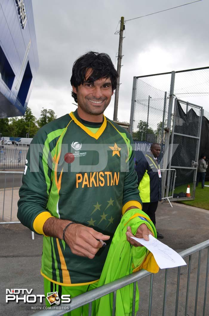 Mohammad Irfan is all smiles and he has a few reasons for it. He has been one of the most economical bowlers for his side in the two matches played so far.