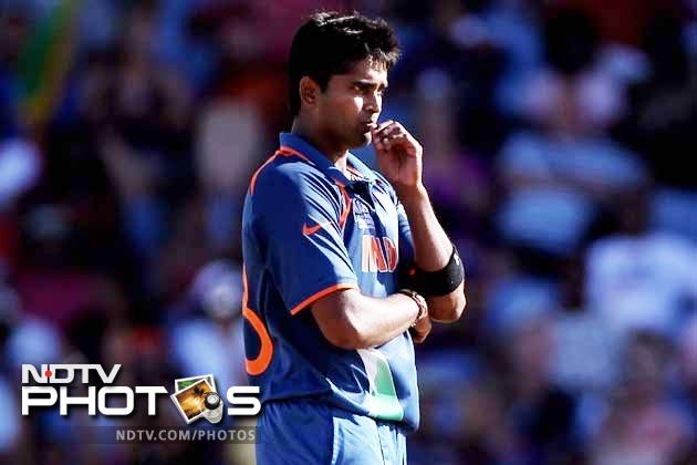 In walks R Vinay Kumar. The pacer has had nothing to boast about from the fast tracks in England but is in the side. Form can find players unexpectedly but to expect him to flourish on fast tracks when he could not on swinging, bouncy wickets, is out rightly suspicious.