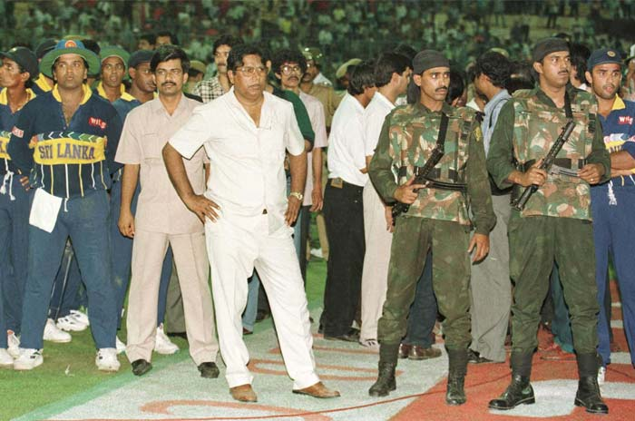 <b>March 13, 1996 (Calcutta):</b> Sri Lanka won the semi-final match by default when the crowd at Eden Gardens became violent. They had their reasons too as India collapsed to 120 for 8, chasing 251. Aravinda de Silva and Roshan Mahanama scored individual half-centuries earlier in the match. (Getty Images)
