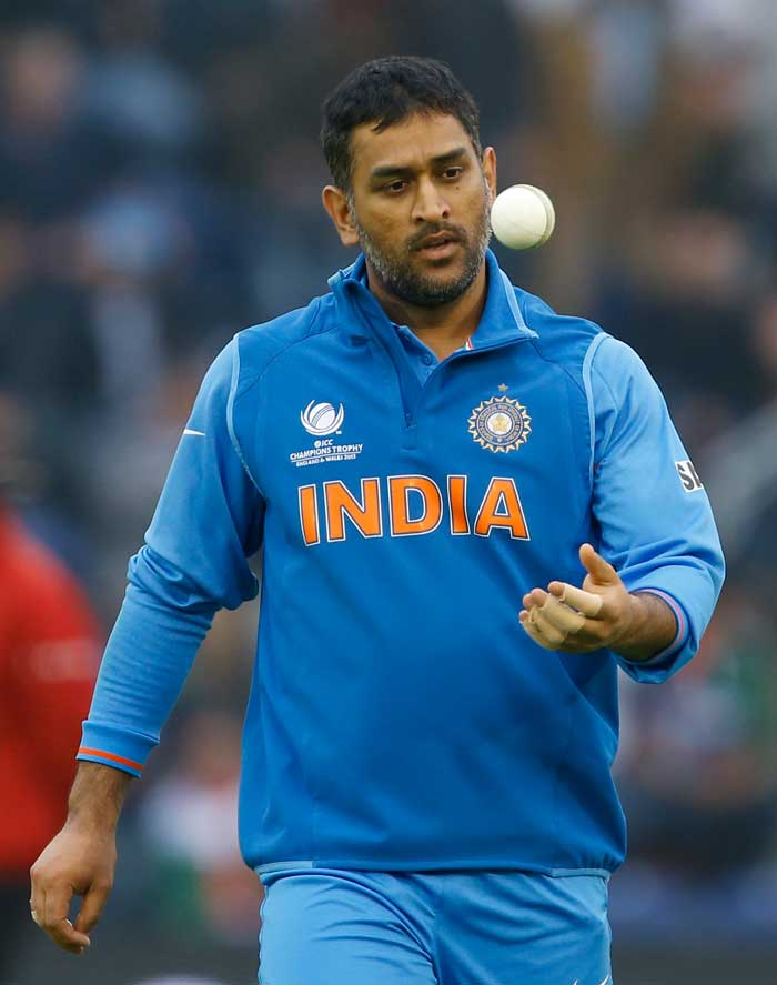 Indian skipper Mahendra Singh Dhoni handed his gloves and pads to Dinesh Karthik and bowled 4 overs vs Sri Lanka. Dhoni had Mahela Jayawardene trapped leg-before as well, but the decision was overturned on review.