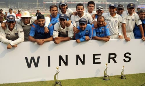 Sri Lanka's tour of India in 2009 wasn't a happy one as they were beaten 2-0 in the three match series. The victories came in the second and third Test and both were huge as the Lankans were beaten by an innings and more.<br><br> This series win was an important one for M S dhoni's boys as it helped them claim the top spot in the ICC Test rankings, a spot that they have retained since then.