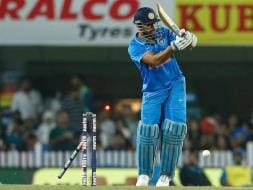 Photo : MS Dhoni-Led India Rocked by New Zealand, Series Level at 2-2