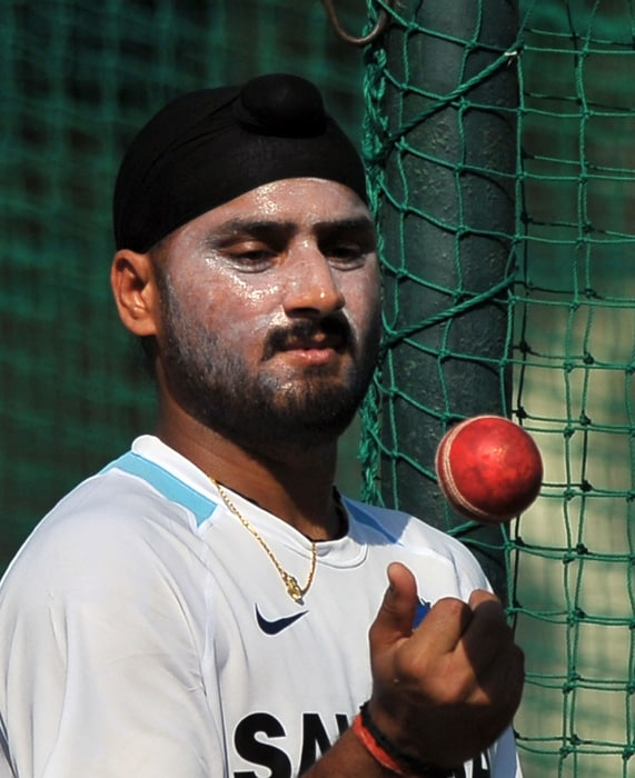 4 Team India practice on eve of Test image gallery