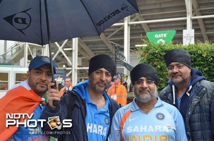 Despite the overcast, chilly conditions and the bit of drizzle around, the fans came with utmost anticipation.