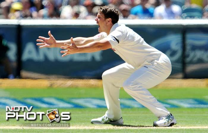Australian paceman James Pattinson appeals for a decision against an Indian batsman on Day 3 of the first Test match at the Melbourne Cricket Ground in Melbourne. (AFP Photo)