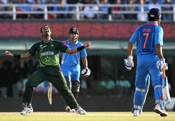 Wahab Riaz picked up Mahendra Singh Dhoni to pick up his fourth of the innings. (AFP Photo)
