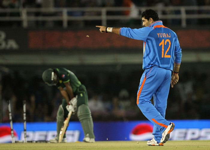 Yuvraj Singh of India gestures after bowling Asad Shafiq of Pakistan. (AFP Photo)