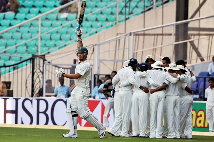 Jacques Kallis proved to be India's nemesis as he scored 159* after coming in to bat when South Africa were in a tumultous position. Kallis with Hashim Amla (115*) put up an unbeaten partnership of 285 runs to help South Africa close Day 1 of the Nagpur Test at 291/2 against India. (AFP Photo)