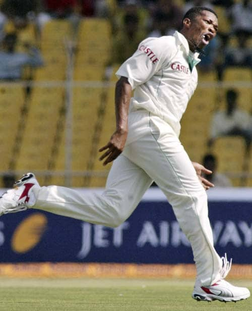 Makhaya Ntini was on song, dismissing Wasim Jaffer, Sourav Ganguly and VVS Laxman in quick time.