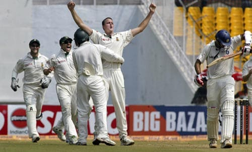 Rahul Dravid looked set but Morne Morkel got him to edge one to slip. With him went India's remote chances of saving the Test.