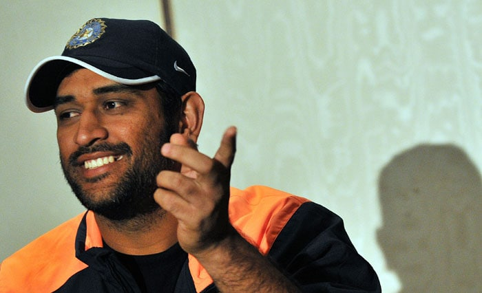 Indian captain Mahendra Singh Dhoni gives a press conference in Johannesburg on the eve of the first Test against South Africa. (AFP Photo)