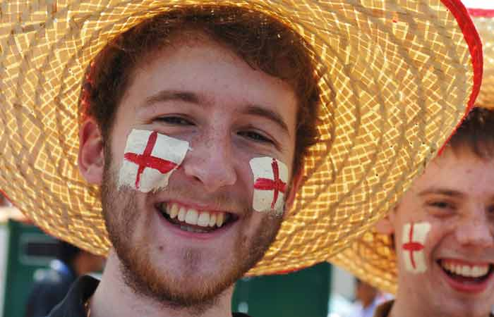 England cricket fans before the start of the Cricket World Cup match between England and India. (AFP Photo)
