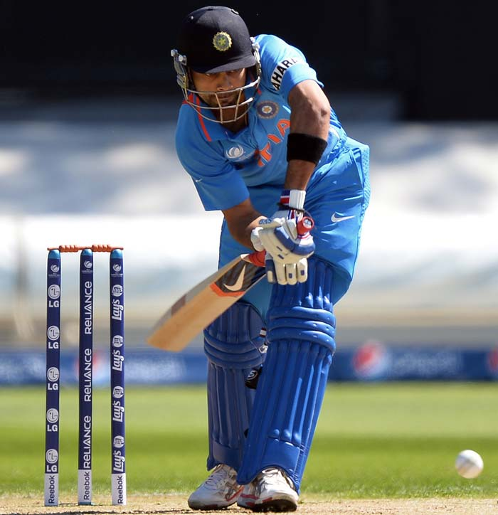 Virat Kohli looked set for a big score but managed just 31 before falling to Tsotsobe.