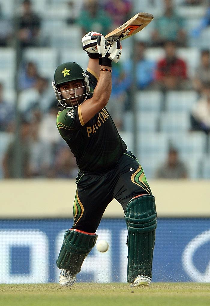 Despite Kamran's dismissal for 31, Umar Akmal played a sensational knock to guide Pakistan to a massive total. He fell short of a T20I century by just six runs but his knock of 94 from 54 balls included nine fours and four sixes.