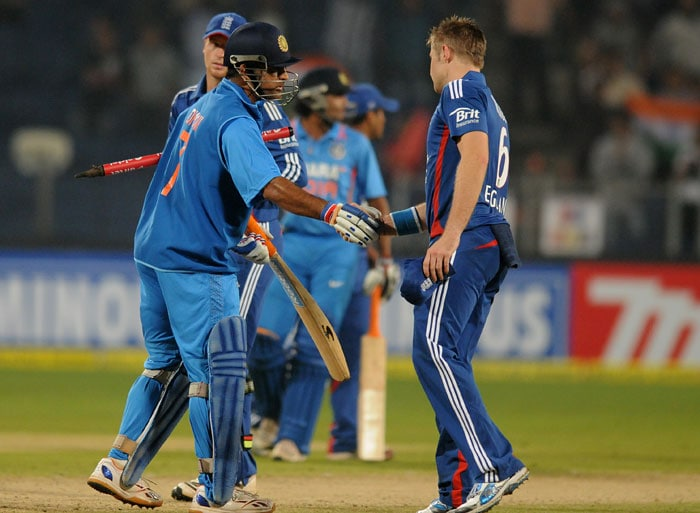 Dhoni played a typical steady innings while Raina did hit a few lusty blows. Raina was run-out at the fag end but India won with 13 balls to spare. (Photo credit: BCCI)