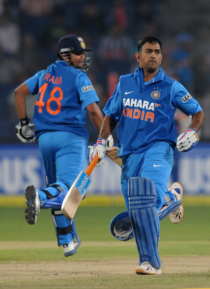 By the time Yuvraj and then Kohli were dismissed, India just required run-a-ball to win. Skipper MS Dhoni and Suresh Raina played with utmost confidence to guide the innings. (Photo credit: BCCI)