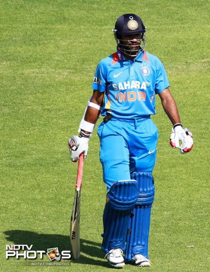 Shikhar Dhawan hit 35 to give India the perfect start.