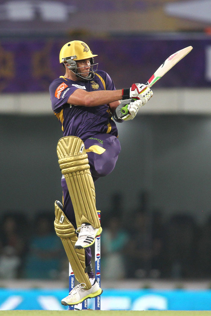Kolkata Knight Riders chose to play right-to-match card for South Africa legend Jacques Kallis who was bought by INR 5.5 crores.
