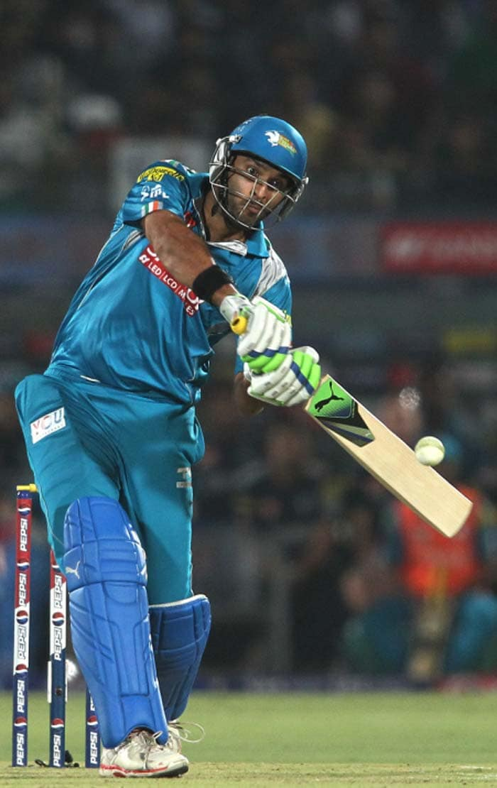 Teams tussled hard and paid big bucks for star performers of international cricket in the Indian Premier League 2014 auctions. <br><br>Here is a look at players who earned the most.