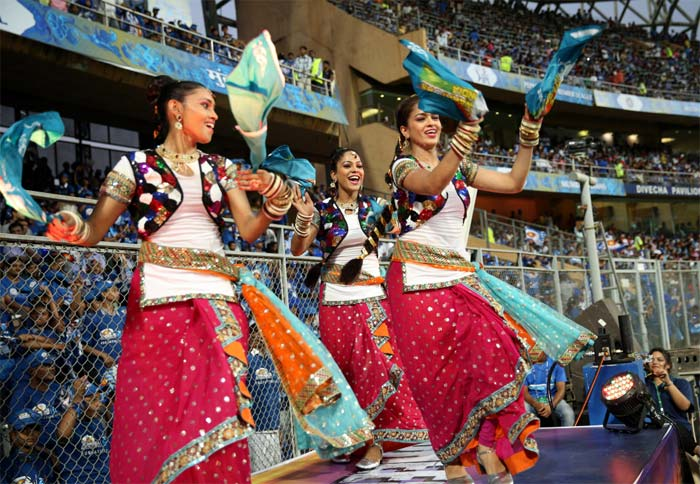 Cheerleaders performing folk dances in the Mumbai Indians versus Pune Warriors game at the Wankhede Stadium on April 13, 2013. (BCCI image)