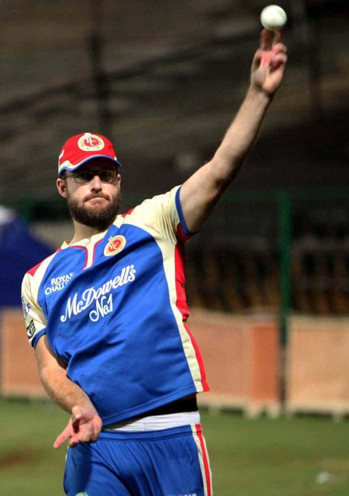 Vettori seen practicing at NCA. RCB play their first match against Mumbai Indians on April 4, a day after the tournament's kick-off
