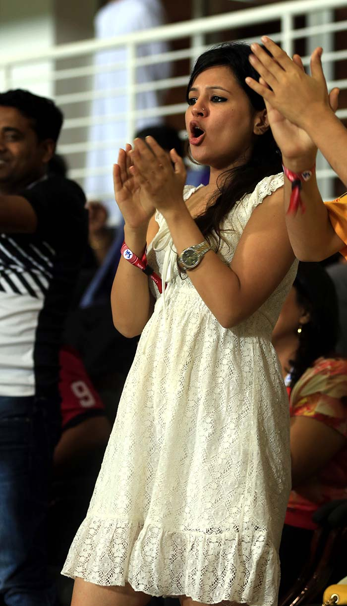 Not known to give cricket a miss, Sakshi is seen here celebrating CSK's first win of the tournament when the team went past Delhi Daredevils. <br><br>They say there is a woman behind every successful man. We say: amen to that! (BCCI image)