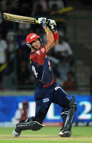 <b>Kevin Pietersen: </b>He is known for his switch-hits and Kevin PIetersen's switch from Deccan to Delhi is something the Daredevils fans are loving. KP has already notched-up a century in IPL 5 and has a strike rate of over 150. Pietersen though will be leaving on the 2nd of May since he's required for National duty.