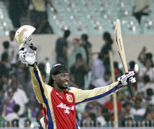 Chris Gayle's former team had to face the wrath that was evoked by his national board. Gayle opted to play in the IPL rather than playing for the country against Pakistan. In the game against the Kolkata Knight Riders, Gayle unleashed to slam a 55-ball 102 runs to hand Bangalore a thumping 9-wicket win. In the process, Gayle hit 7 sixes and 10 fours.