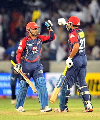 Delhi Daredevils skipper Virender Sehwag single-handedly demolished Deccan Chargers bowlers with a blistering century to guide his team to a four-wicket victory in an IPL match.<br><br>Chasing a stiff target of 176, Sehwag took the Chargers attack to the cleaners scoring 119 from only 56 balls with the help of 13 fours and six sixes as his teammates had little contribution in the winning cause.<br><br>His maiden T20 century made him the highest scorer of the IPL 4.