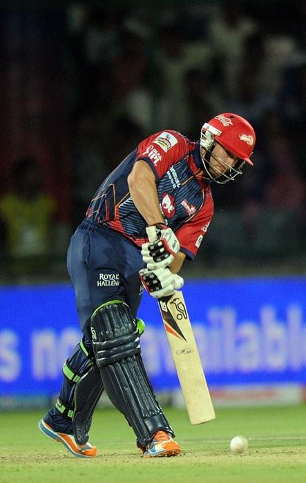 Matthew Wade plays a shot during the IPL Twenty20 match between Delhi Daredevils and Pune Warriors at the Feroz Shah Kotla stadium in New Delhi. (AFP Photo)