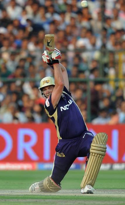 Jacques Kallis plays a shot during the IPL Twenty20 match between Rajasthan Royals and Kolkata Knight Riders at the Sawai Man Singh Stadium in Jaipur. (AFP Photo)