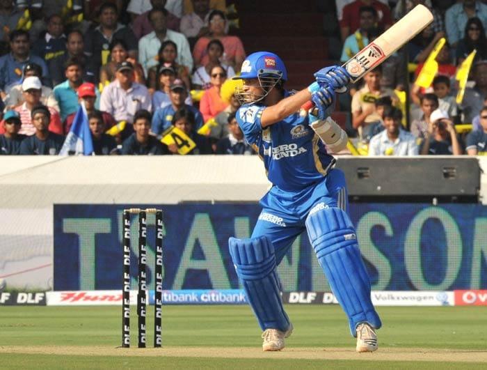 Sachin Tendulkar plays a shot during the IPL Twenty20 match between Deccan Chargers and Mumbai Indians at the Rajiv Gandhi International Stadium in Hyderabad. (AFP Photo)