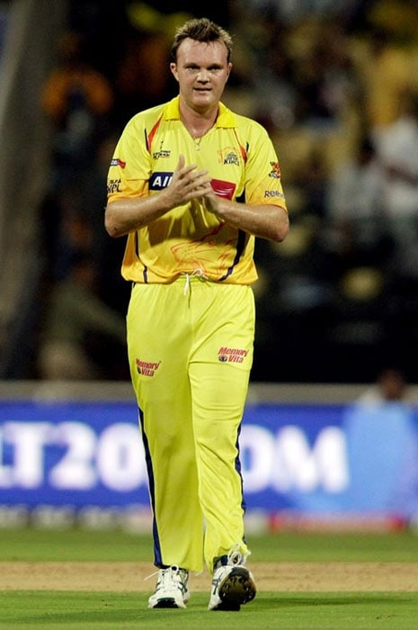 <b>Doug Bollinger</b><br><br> Bollinger gave the Chennai Super Kings' bowling the cutting edge in the 2010 season and did well in their Champions League triumph as well.<br><br> Although a little out of sorts in the international scene, the left-armer is a definite wicket-taker up front.