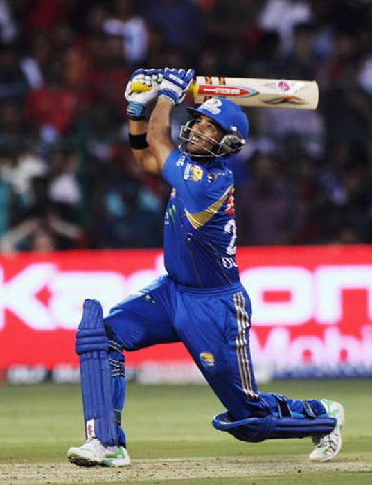 <b>JP Duminy</b><br><br> JP Duminy exploded on to the world scene with his gallant performances against Australia, but the diminutive Protean has lacked in consistency in the past one year.<br><br> Has been an asset for the Mumbai Indians but the coming of Keiron Pollard overshadowed him. Will look to ply his trade somewhere else now.