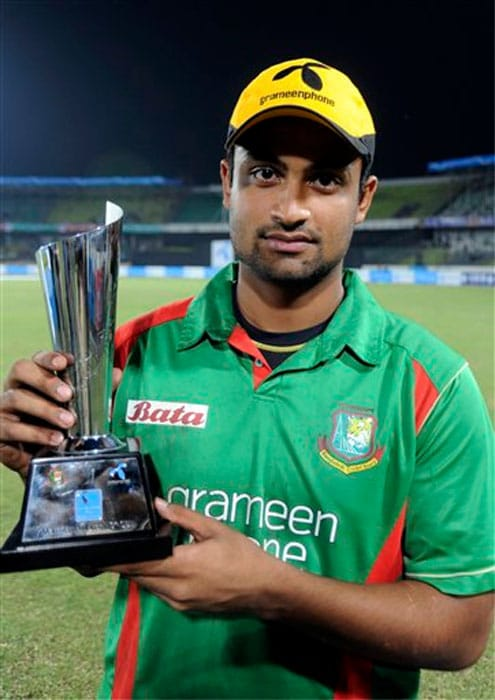 Tamim Iqbal<br><br>Team: Bangladesh<br><br>Base Price: $100,000 The Bangladesh opener burst onto the international scene in grand style as he clobbered Indian bowlers all around the field to help his team score an upset win in the 2007 ICC World Cup. Since then, the left-hander has established his reputation as a firebrand opener who loves to take the attack to the opposition. An automatic choice for the openers' slot in the T20 format due to his style of batting, Tamim was chosen Wisden Player of the Year in 2010.