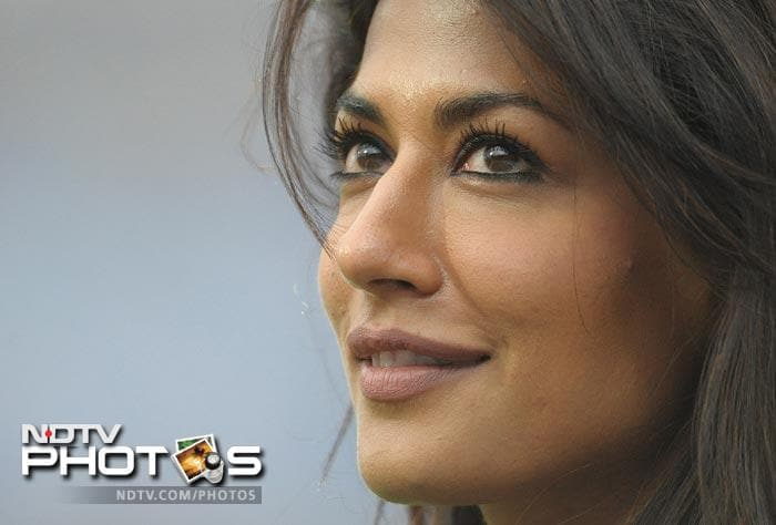 Wife of Indian golfer Jyoti Randhawa, Chitrangada said the atmosphere at a cricket stadium is totally opposite to that in a golf course, which is very calm and peaceful. (AFP Photo)