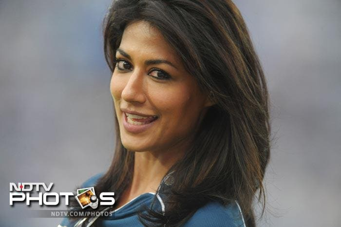Bollywood actress Chitrangada Singh, who hails from the national capital, cheered for the Deccan Chargers during their IPL match against Delhi Daredevils at the Rajiv Gandhi International Stadium in Hyderabad on May 10, 2012. (AFP Photo)