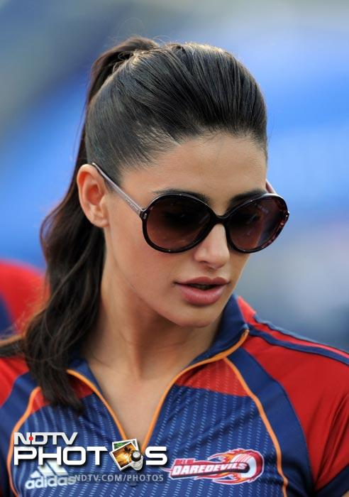 Fakhri, who made her debut in the movie 'Rockstar' that starred Ranbir Kapoor, was cheering for local team Delhi Daredevils. (AFP Photo)