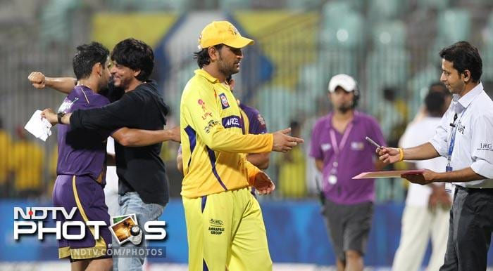 Kolkata Knight Riders co-owner & Bollywood actor Shah Rukh Khan hugs Gautam Gambhir after he led the team to a victory over defending champions Chennai Super Kings. (AFP Photo)