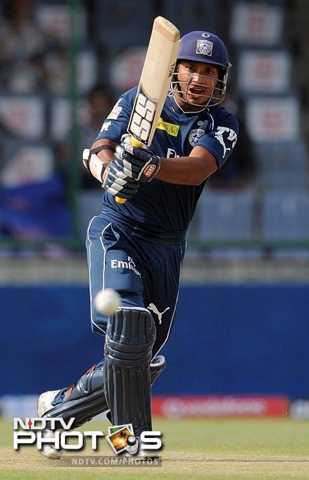 Kumar Sangakkara plays a shot during the IPL Twenty20 match between Deccan Chargers and Delhi Daredevils at the Feroz Shah Kotla stadium in New Delhi. (AFP Photo)
