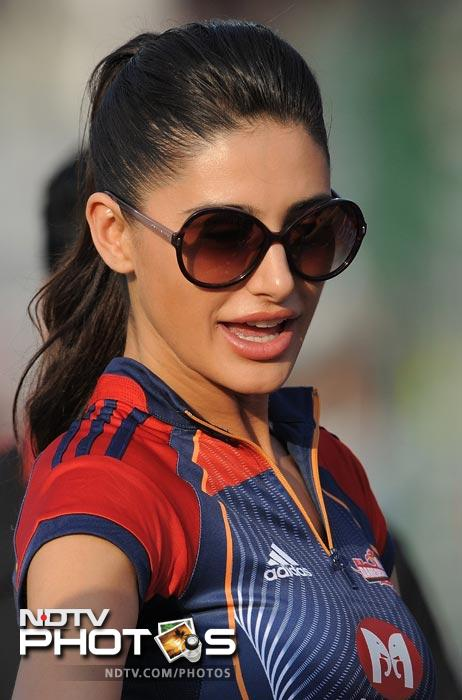 Bollywood Actress Nargis Fakhri looks on during the IPL Twenty20 match between Deccan Chargers and Delhi Daredevils at the Feroz Shah Kotla stadium in New Delhi. (AFP Photo)
