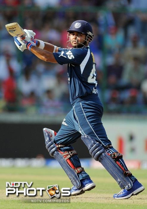 Parthiv Patel plays a shot during the IPL Twenty20 match between Deccan Chargers and Delhi Daredevils at the Feroz Shah Kotla stadium in New Delhi. (AFP Photo)