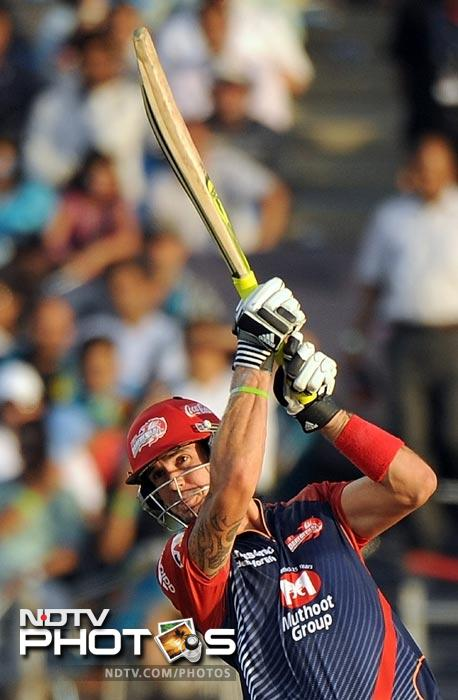 Kevin Pietersen plays a shot during the IPL Twenty20 match between Pune Warriors India and Delhi Daredevils at the Sahara Stadium in Pune. (AFP Photo)