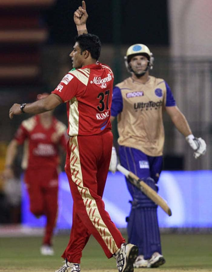 Anil Kumble took what many consider as a dignified option out as he chose to become chief mentor of the Royal Challengers instead of playing further for the team.