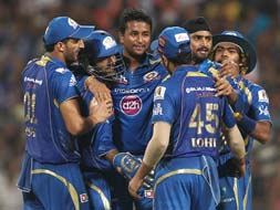 Photo : How Mumbai downed Chennai to win IPL 2013 title
